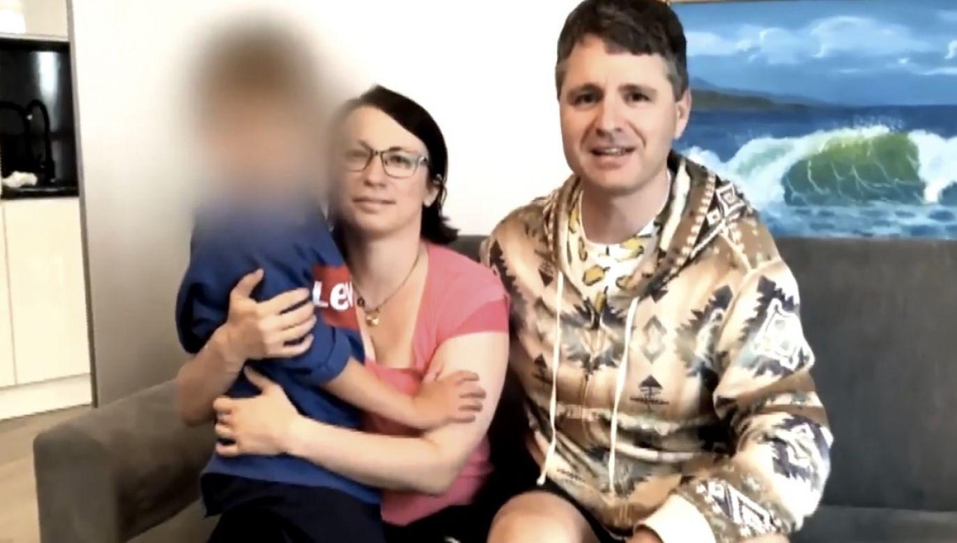 Australijsko-rosyjsko rodzina, która przez kilkanaście lat mieszkała w Holandii, szuka schronienia  w Polsce (fot. Alarm)