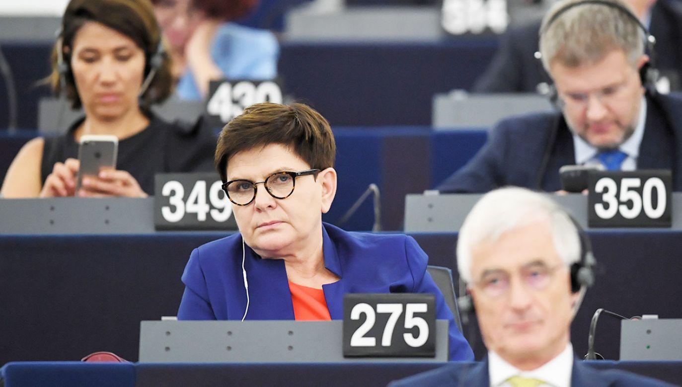 Beata Szydło w poniedziałek po raz drugi, w utajnionym głosowaniu, nie została wybrana na szefową komisji zatrudnienia w PE (fot. PAP/Radek Pietruszka)