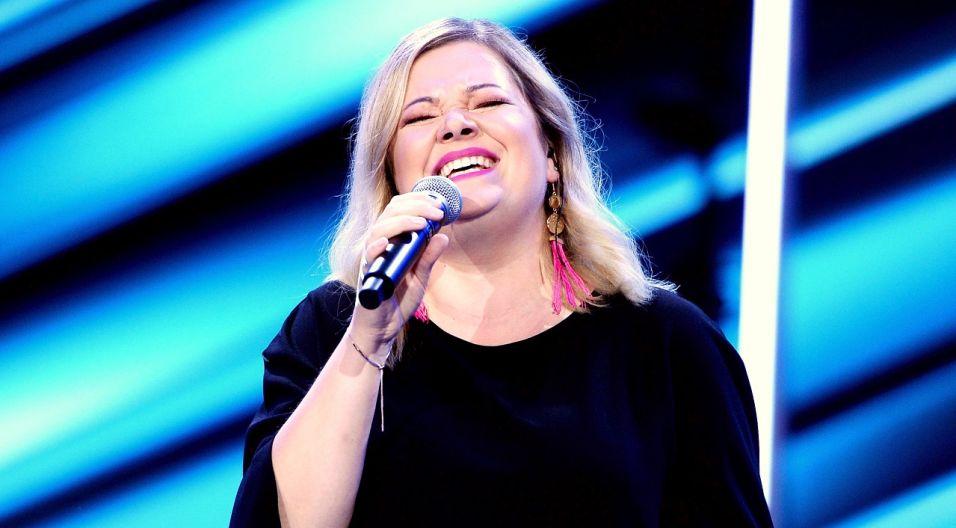 """Magdalena Bańkowska-Moskwa wykonuje autorskie piosenki oscylujące w klimacie: jazz, soul, funk.  Jak jej utwór """"Oszukać czas"""" został przyjęty w opolskim amfiteatrze? (Fot. TVP.Jan Bogacz)"""