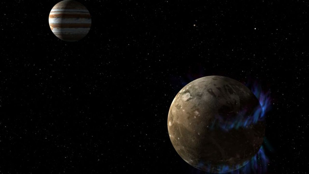 Pod powierzchnią niektórych księżyców Jowisza może znajdować się woda (fot. NASA)