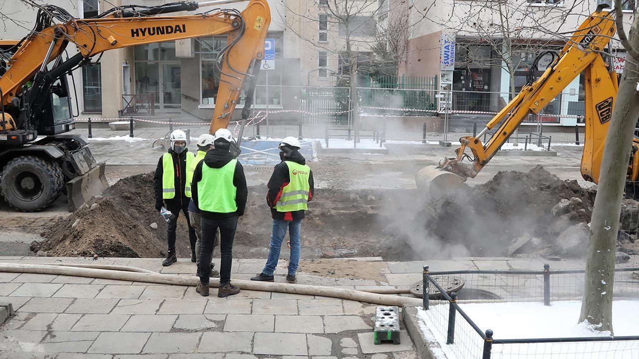 Dziś bez ciepła ma być ponad 40 budynków na Mokotowie (fot. PAP/Wojciech Olkuśnik)