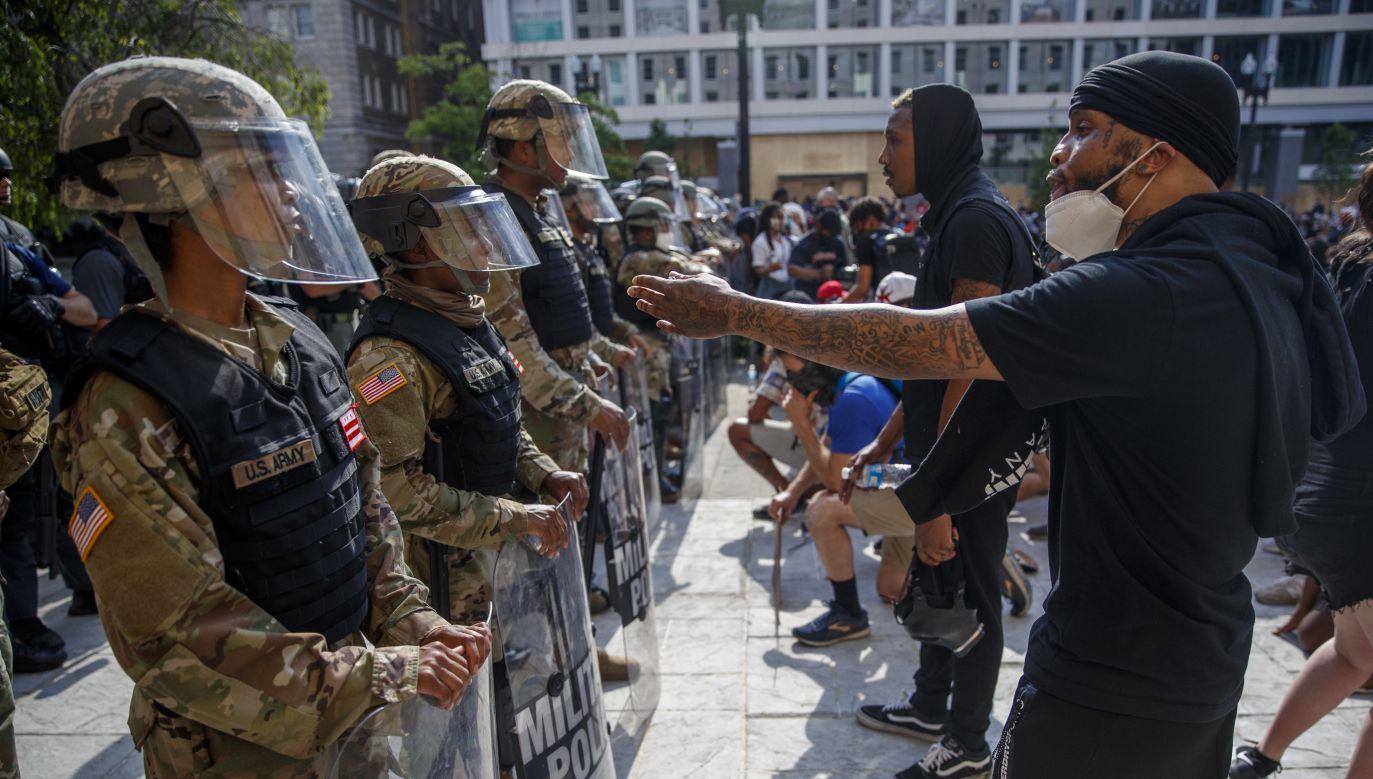 W USA trwają protesty (fot. PAP/EPA/SHAWN THEW)