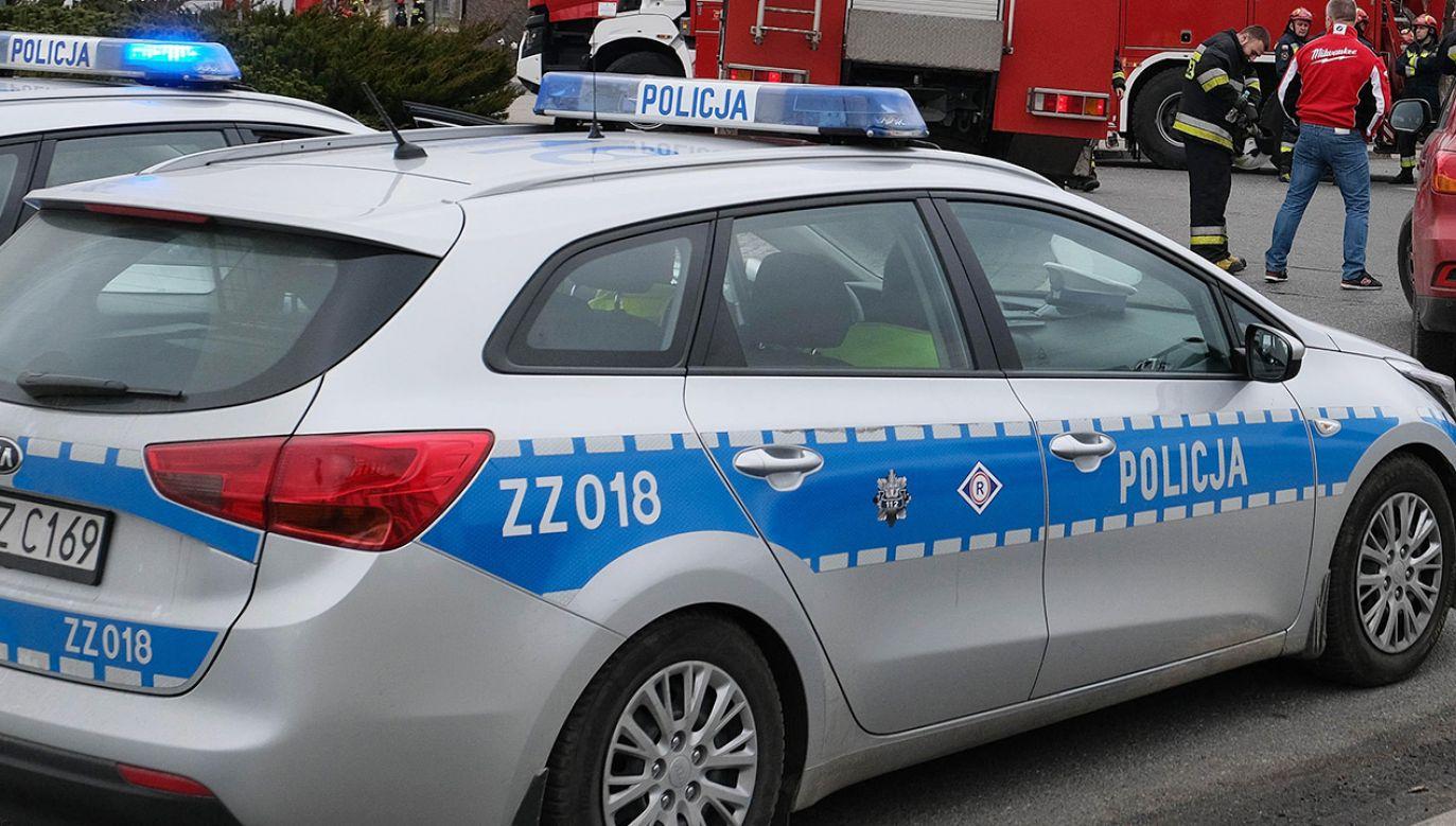 Przyczyny wypadku bada policja  (fot. PAP/Mateusz Marek; zdjęcie ilustracyjne)