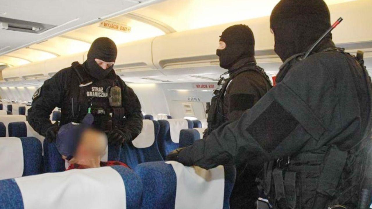 Strażnicy interweniowali ws. agresywnego pasażera samolotu (fot.TVP Wrocław/SG)