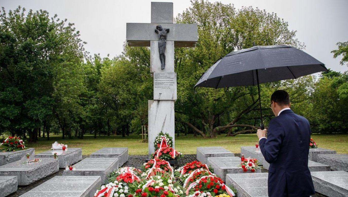 """""""Nie ma pojednania bez pamięci i prawdy"""" – pisze premier (fot. Facebook/Mateusz Morawiecki)"""
