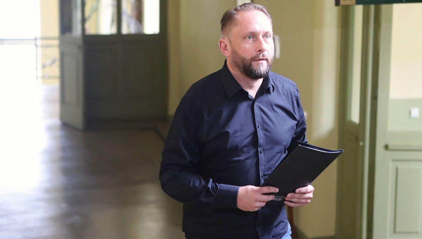 Według sądu dowody nie wskazują na wysokie prawdopodobieństwo, iż dziennikarz dopuścił się także oszustwa (fot. arch.PAP/Roman Zawistowski)