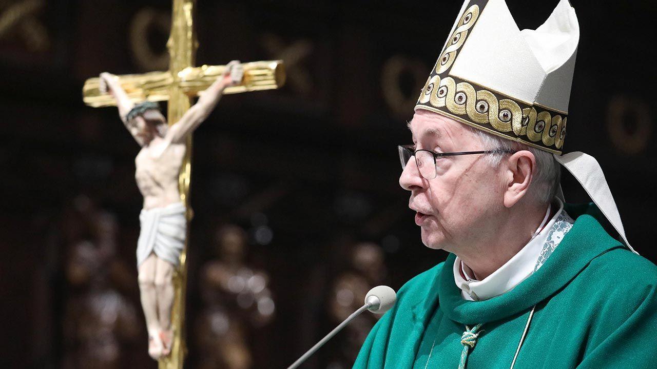 Abp Stanisław Gądecki apeluje do posłów PE (fot. PAP/Tomasz Gzell)
