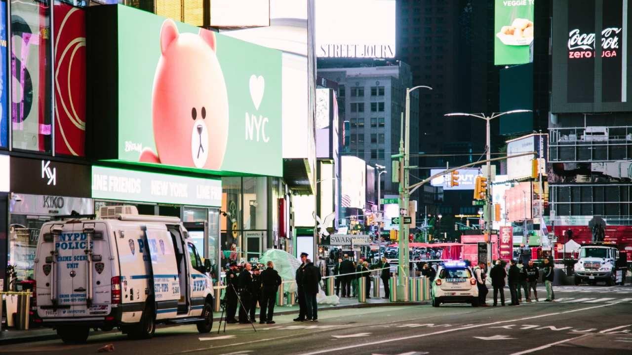 W strzelaninie ranne zostały dwie kobiety i dziewczynka (fot. PAP/EPA/Alba Vigaray)