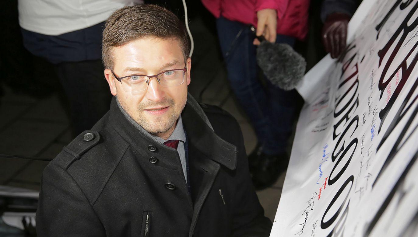 Wobec olsztyńskiego sędziego toczy się postępowanie dyscyplinarne (fot. PAP/Tomasz Waszczuk)