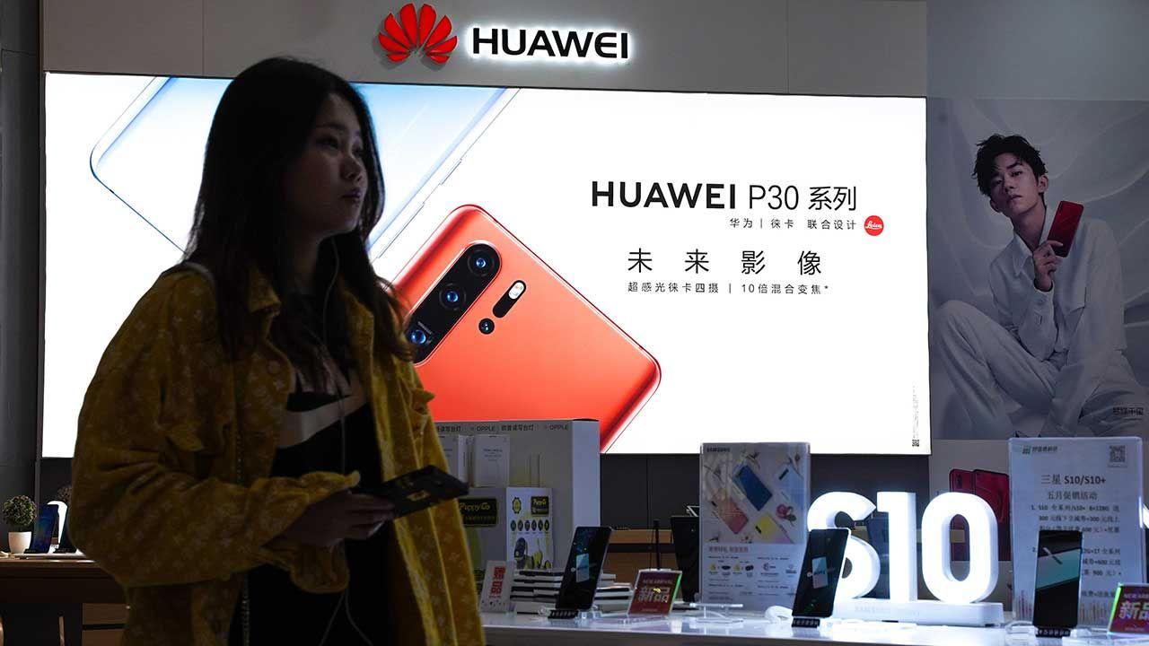 Pekin odniósł się do kroków podjętych wobec koncernu Huawei (fot. Andrea Verdelli/SOPA Images/LightRocket/Getty Images)