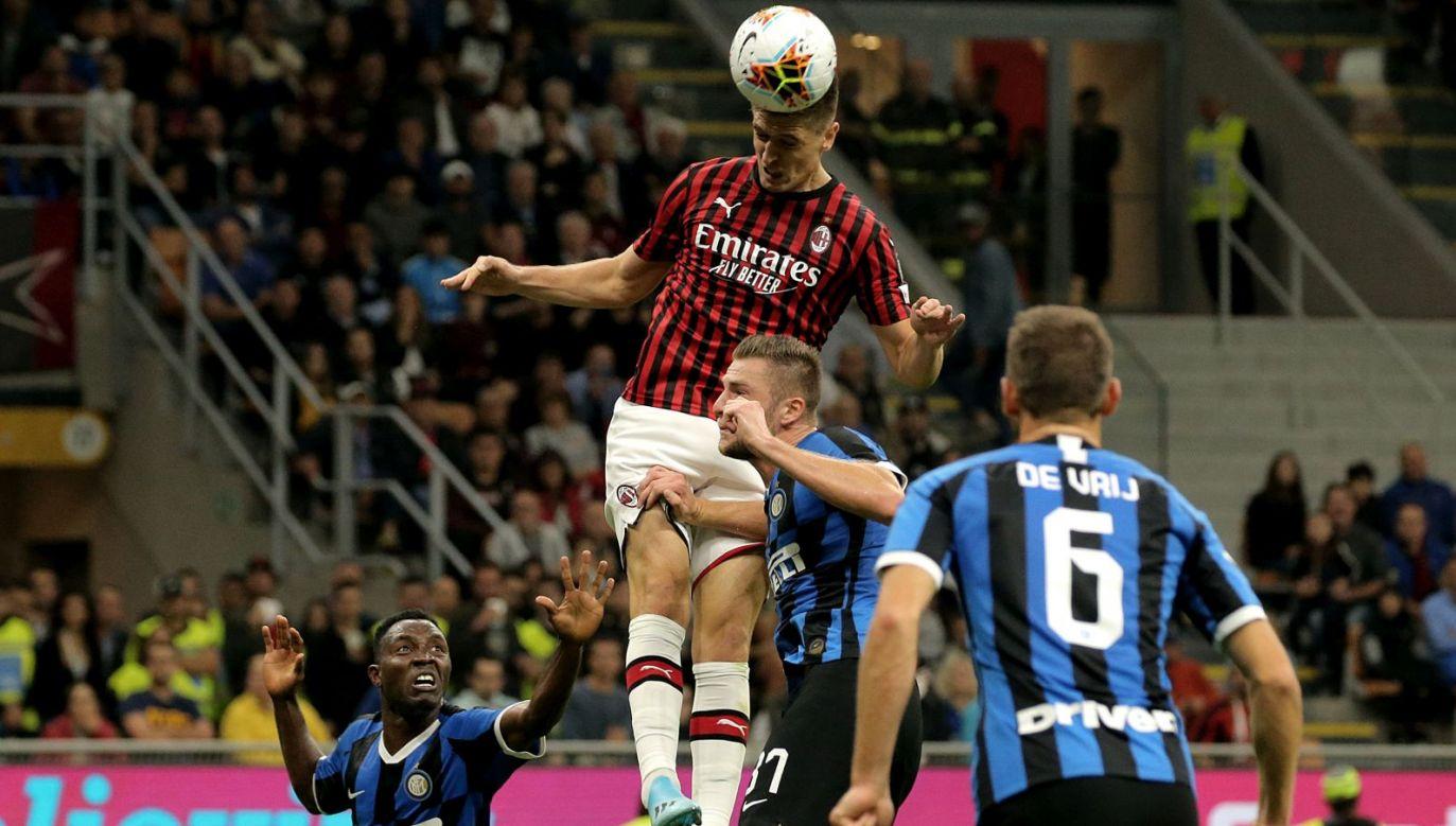 Krzysztof Piątek i jego koledzy z Milanu w sobotę musieli uznać wyższość Interu (fot. Getty Images)