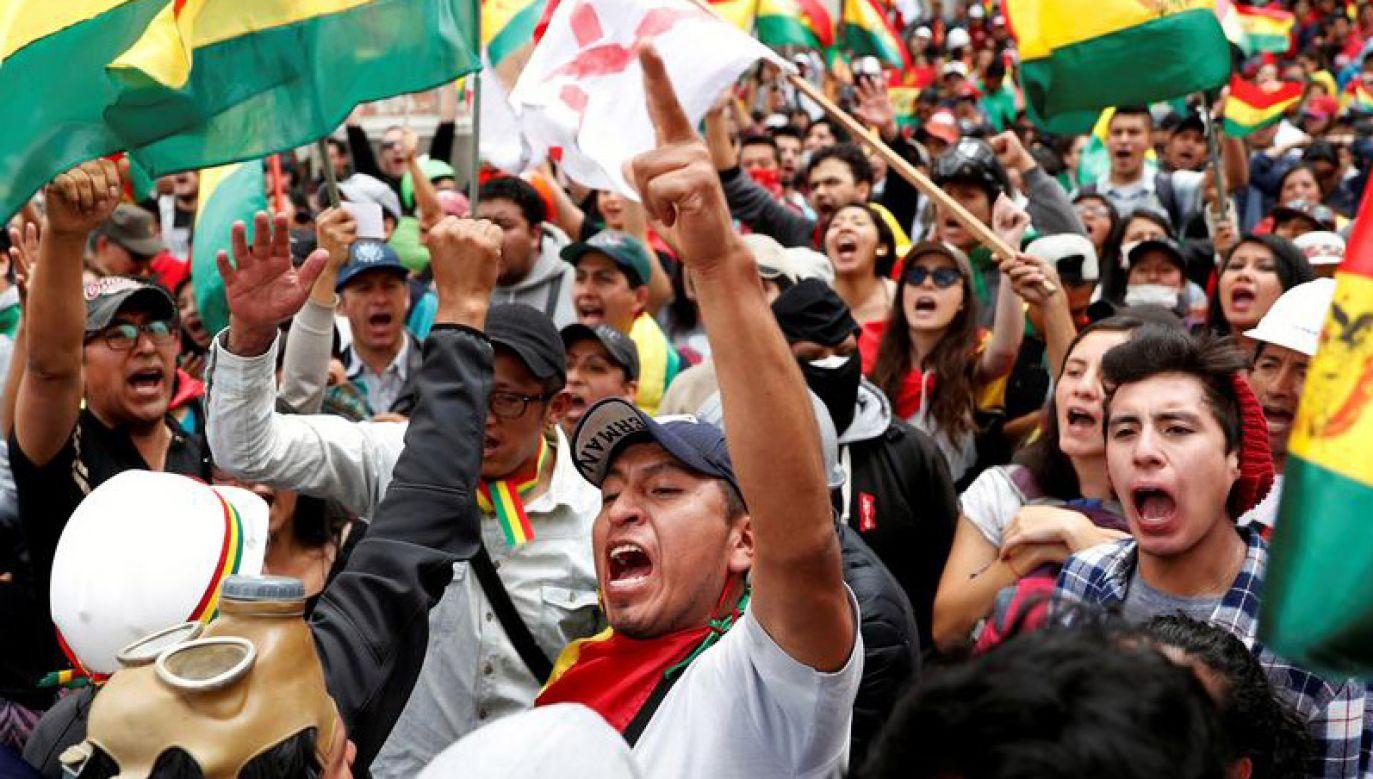 W zamieszkach w Boliwii zginęły do tej pory trzy osoby  (fot. REUTERS/Carlos Garcia Rawlins)