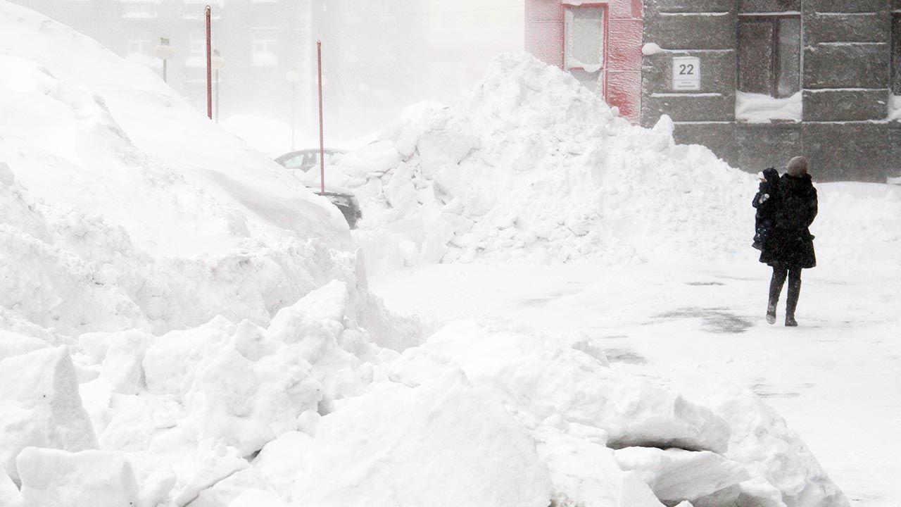 Kiedy w Polsce spadnie śnieg i uderzy mróz? (fot. Denis Kozhevnikov\TASS via Getty Images)