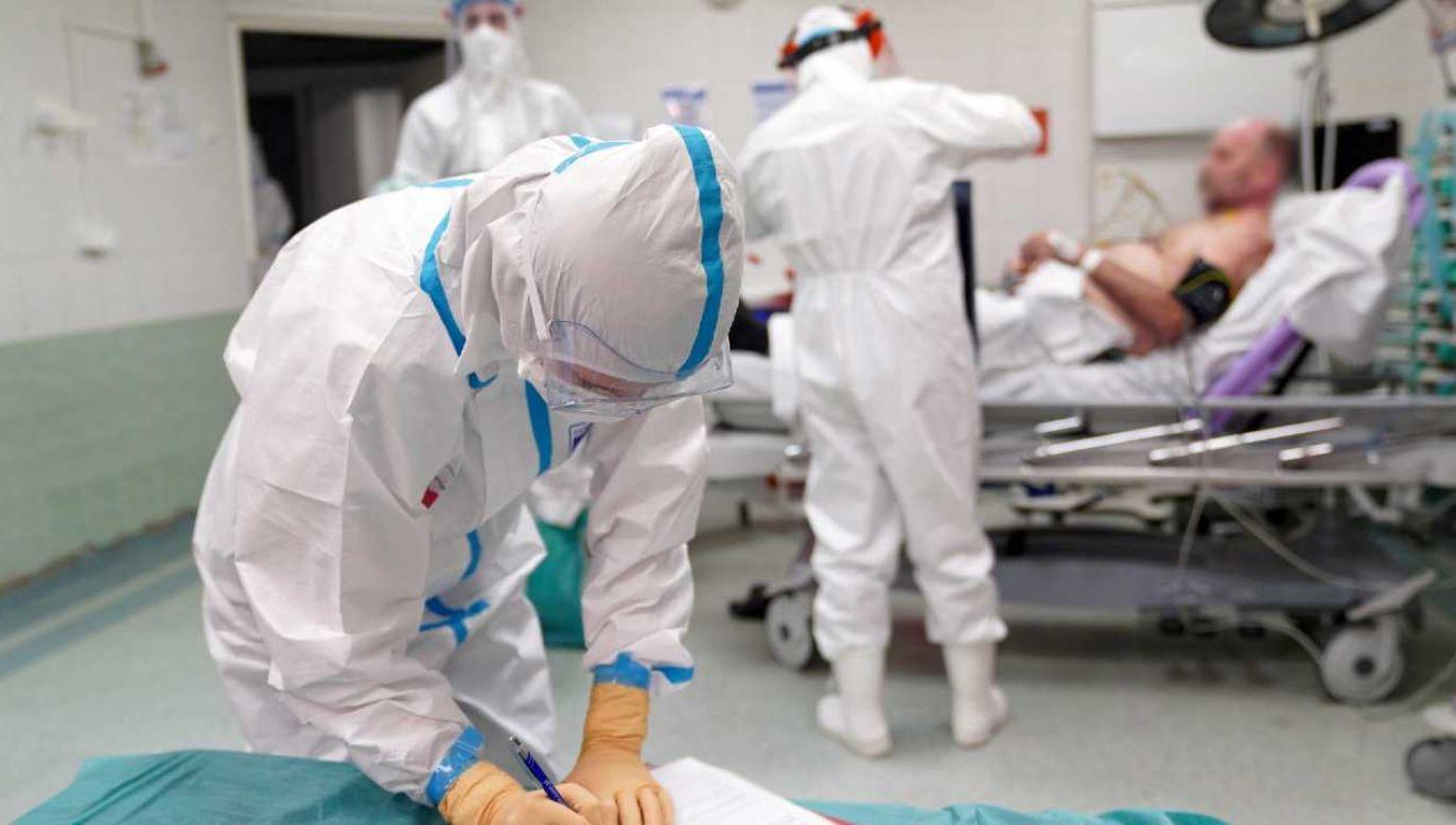 Polska zmaga się z pandemią (fot. PAP/Leszek Szymański)