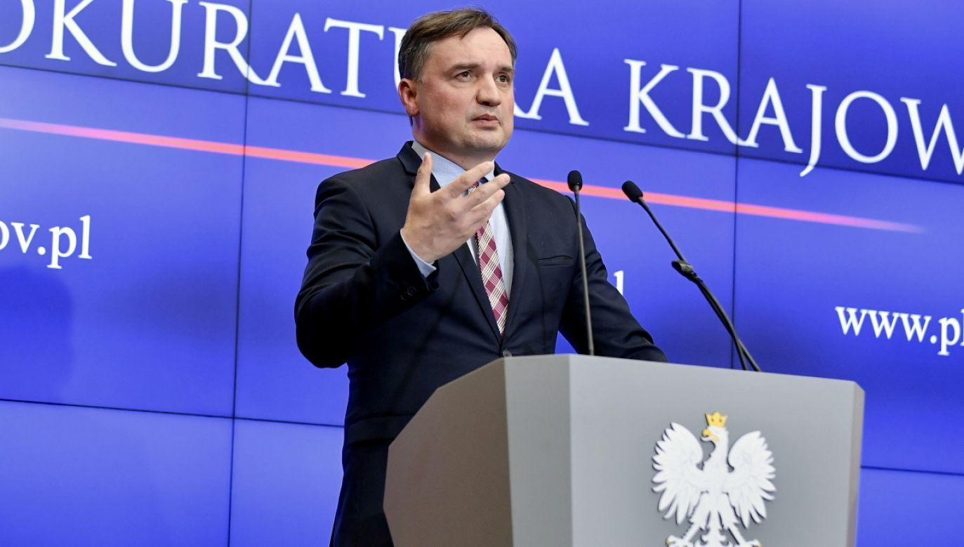 Zbigniew Ziobro pyta o wpływ Donalda Tuska na wymiar sprawiedliwości (fot. PAP/Marcin Obara)