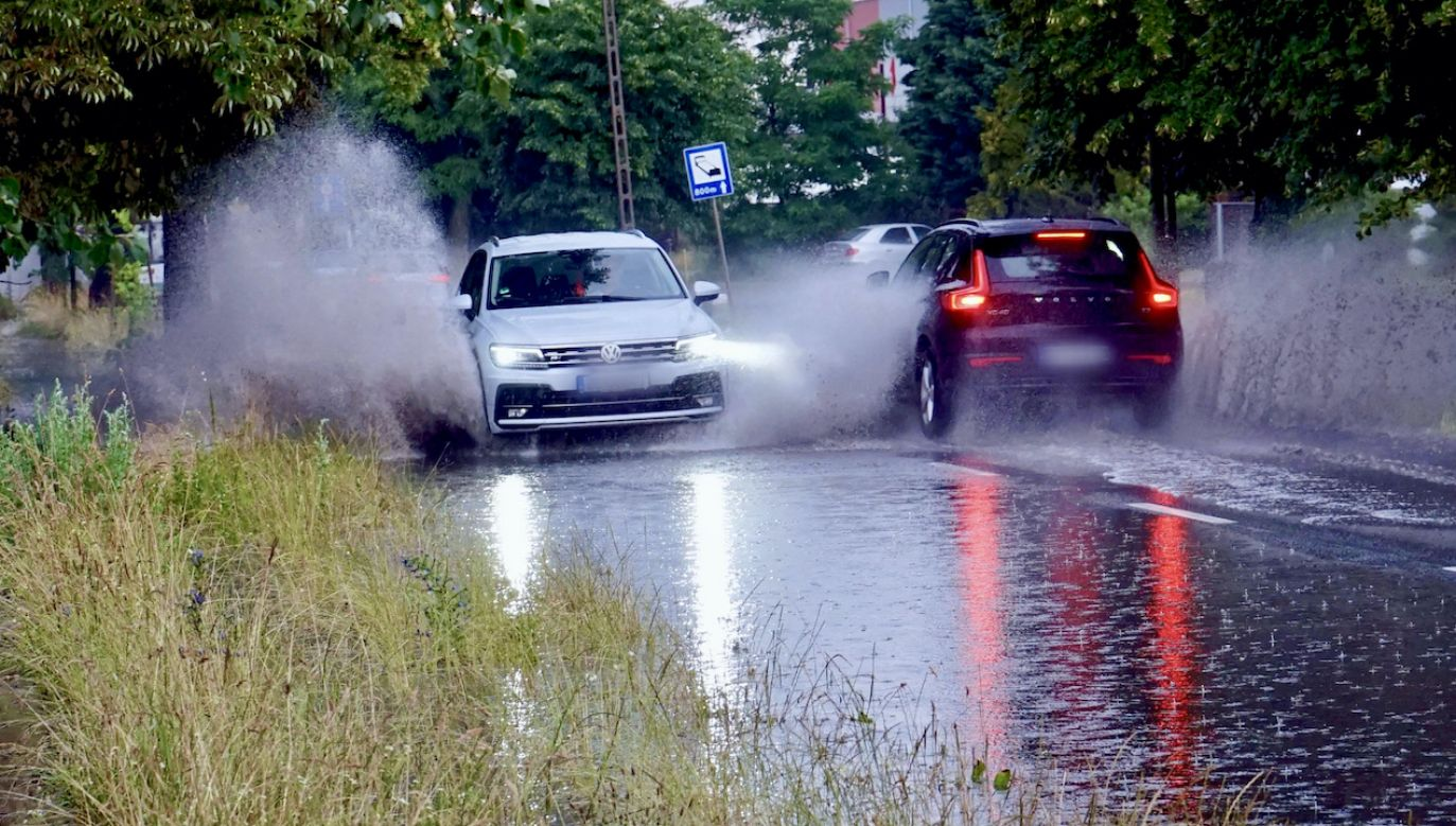 IMGW ostrzega (fot. arch.PAP/Marcin Bielecki)