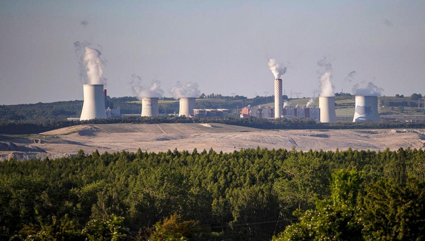 Naimski zabrał głos ws. Turowa (fot. PAP/EPA/MARTIN DIVISEK )