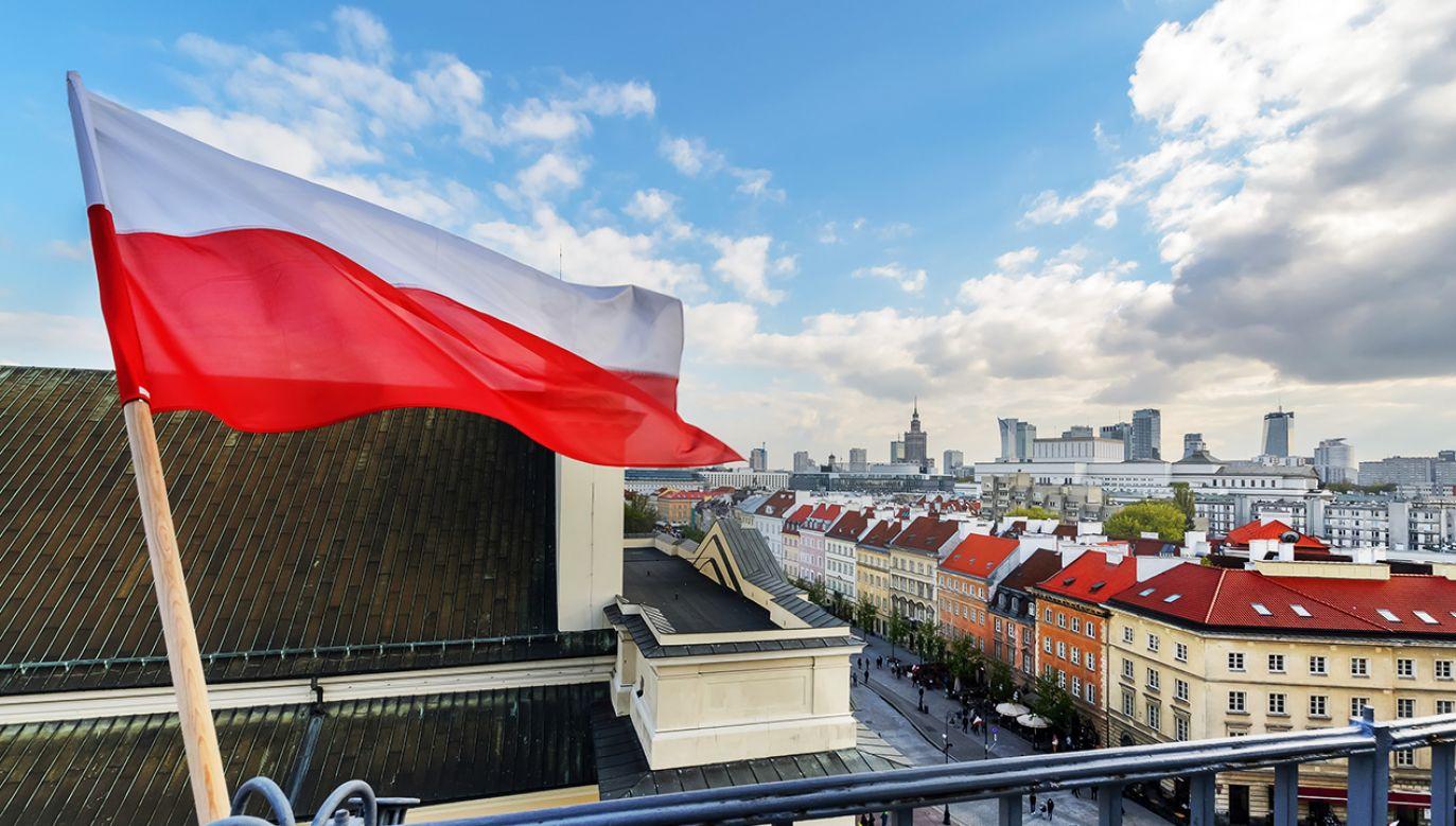 Już w najbliższy poniedziałek będziemy świętować 101. rocznicę odzyskania przez Polskę niepodległości (fot. ShuttertockVelishchuk Yevhen)