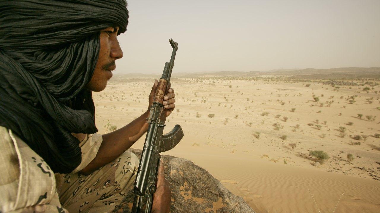 Władze wojskowe, które przejęły władzę w Mali po zamachu stanu w sierpniu, uwolniły w sumie 180 więźniów związanych z organizacjami islamistycznymi (fot. Patrick ROBERT/Corbis via Getty Images)