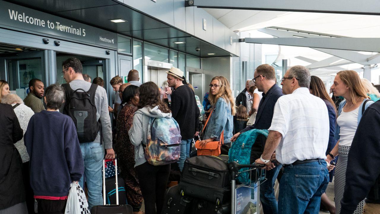 Polacy wracaja głównie z Wielkiej Brytanii i Niemiec (fot. Jack Taylor/Getty Images)