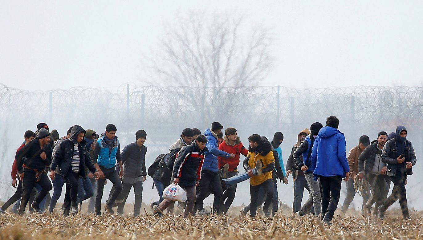Obecna sytuacja dobitnie wskazuje jak słuszna była decyzja o odrzuceniu mechanizmu relokacji (fot. REUTERS/Huseyin Aldemir)