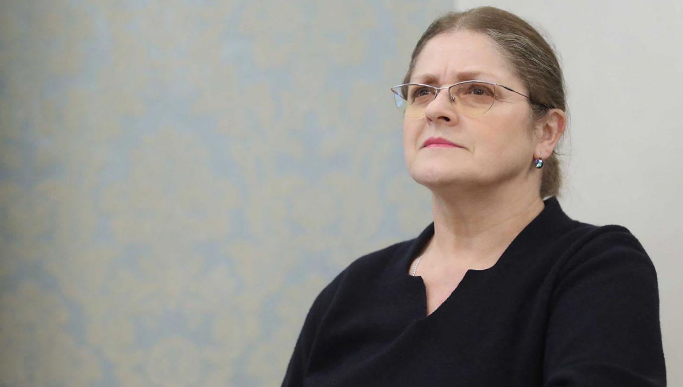 Mężczyźni zablokowali sędzi TK prof. Krystynie Pawłowicz wejście do domu  (fot. PAP/Roman Zawistowski)
