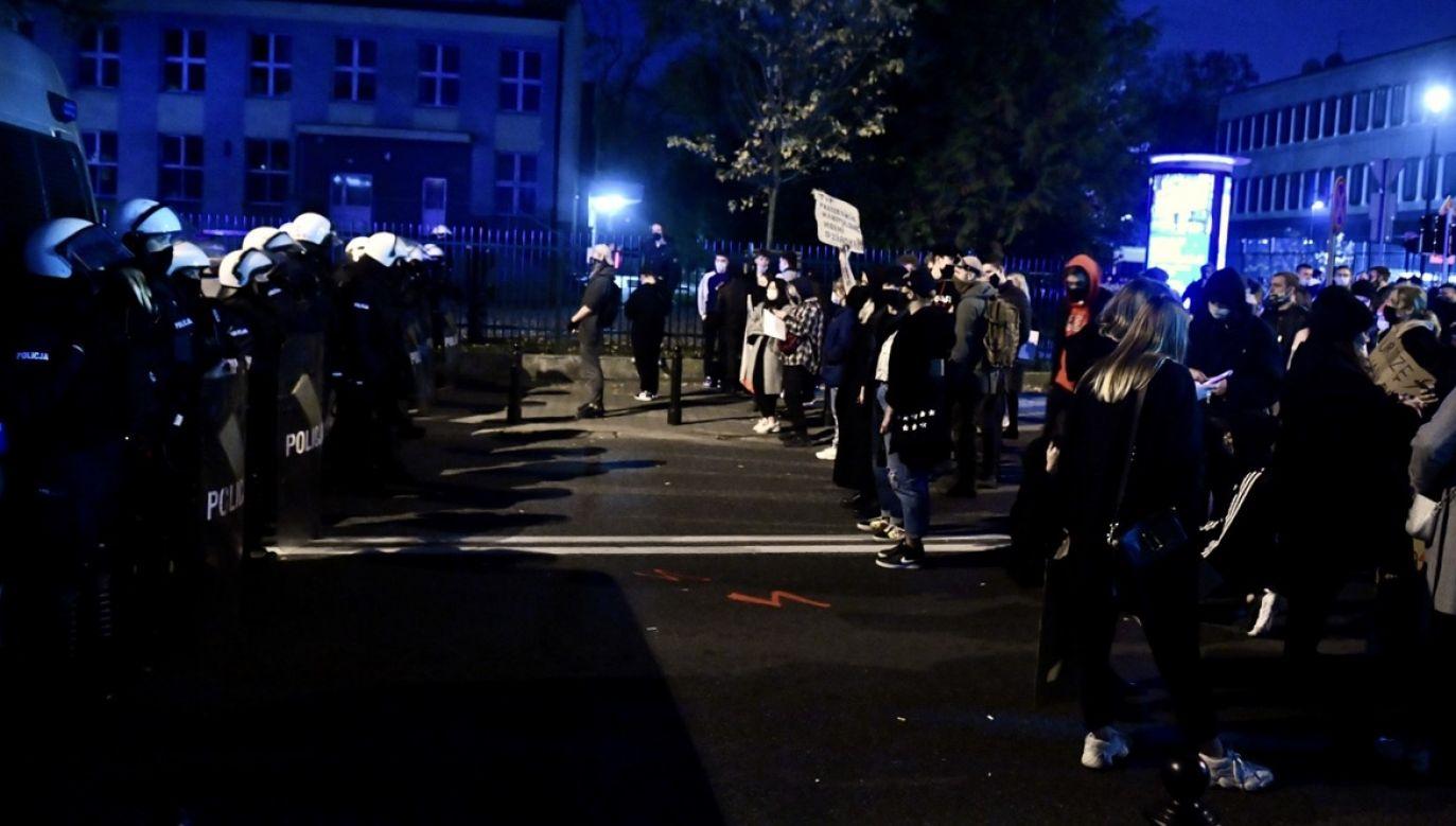 Sprawa ma związek z organizowaniem manifestacji gromadzących tysiące ludzi w dobie epidemii (fot. PAP/Radek Pietruszka)
