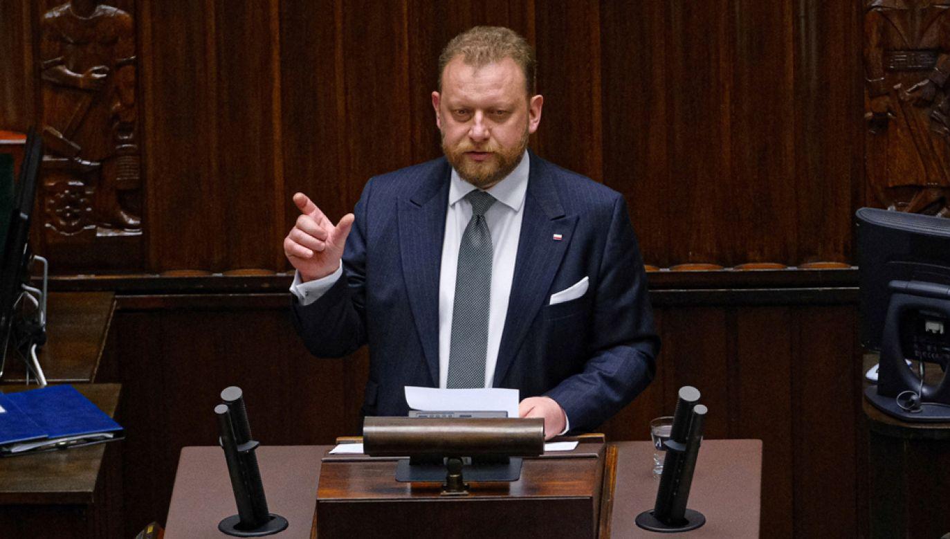 Minister zdrowia Łukasz Szumowski na sali plenarnej Sejmu (fot. PAP/Mateusz Marek)