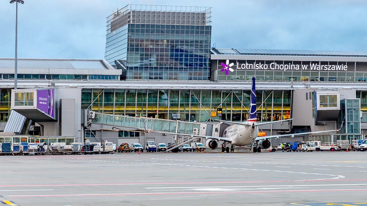 Poseł zasłabł w samolocie do Szczecina (fot. Shutterstock/Subodh Agnihotri)