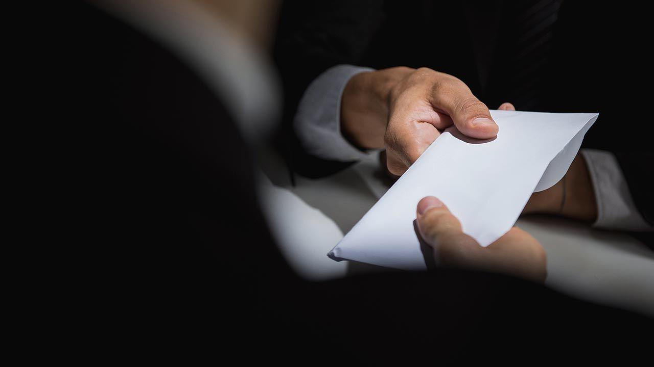 Sejm zajmie się ustawą antykorupcyjną na najbliższym posiedzeniu (fot. Shutterstock/Atstock Productions)