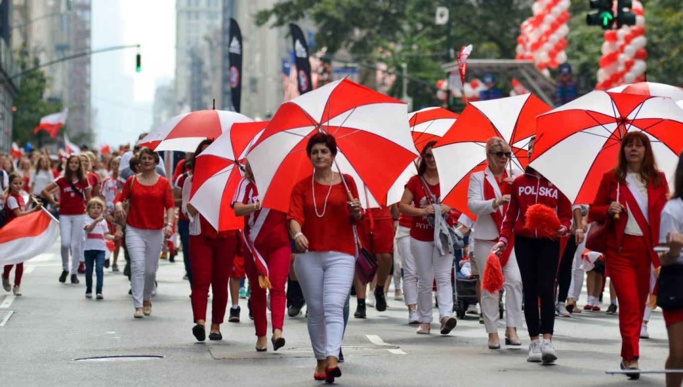 Przedstawiciele Polonii podczas Parady Pułaskiego w Nowym Jorku (fot. Ryan Rahman/Pacific Press/LightRocket via Getty Images)