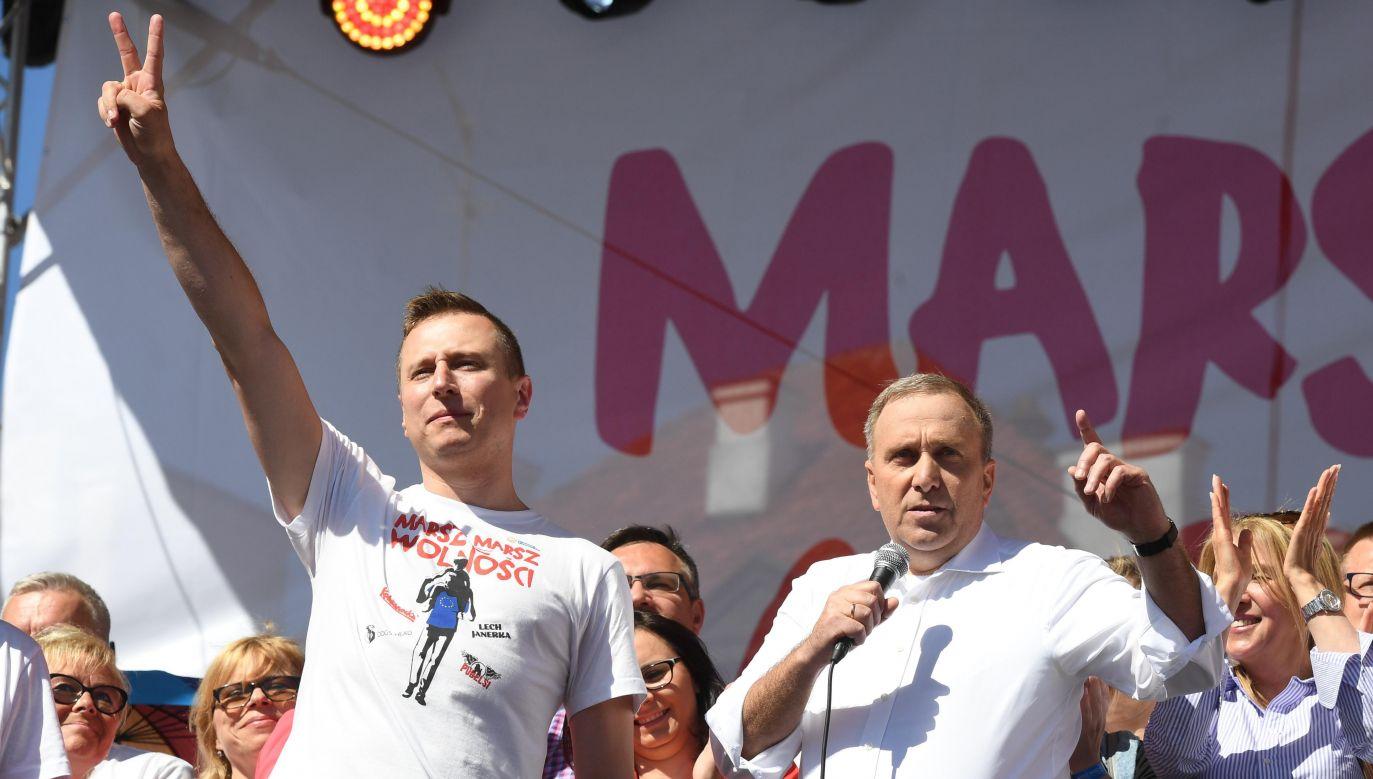 Jak ujawnił portal tvp.info, poseł Brejza stał za internetowymi hejterami, atakującymi przeciwników politycznych Platformy (fot. arch. PAP/Radek Pietruszka)