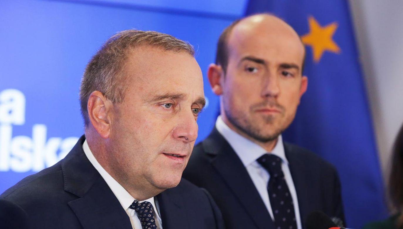 Były szef PO Grzegorz Schetyna i jego następca na stanowisku Borys Budka (fot. PAP/Tomasz Gzell)
