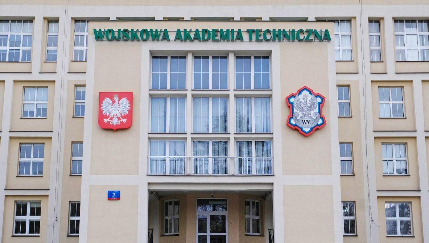 Akt oskarżenia przeciwko dwóm wykładowcom WAT w Warszawie (fot.  PAP/Mateusz Marek)