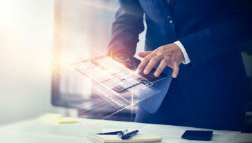 KE skorygowała prognozy dotyczące wzrostu PKB i zaproponowała zmianę tzw. lat referencyjnych służących do wyliczeń alokacji (fot. Shutterstock/ PopTika)
