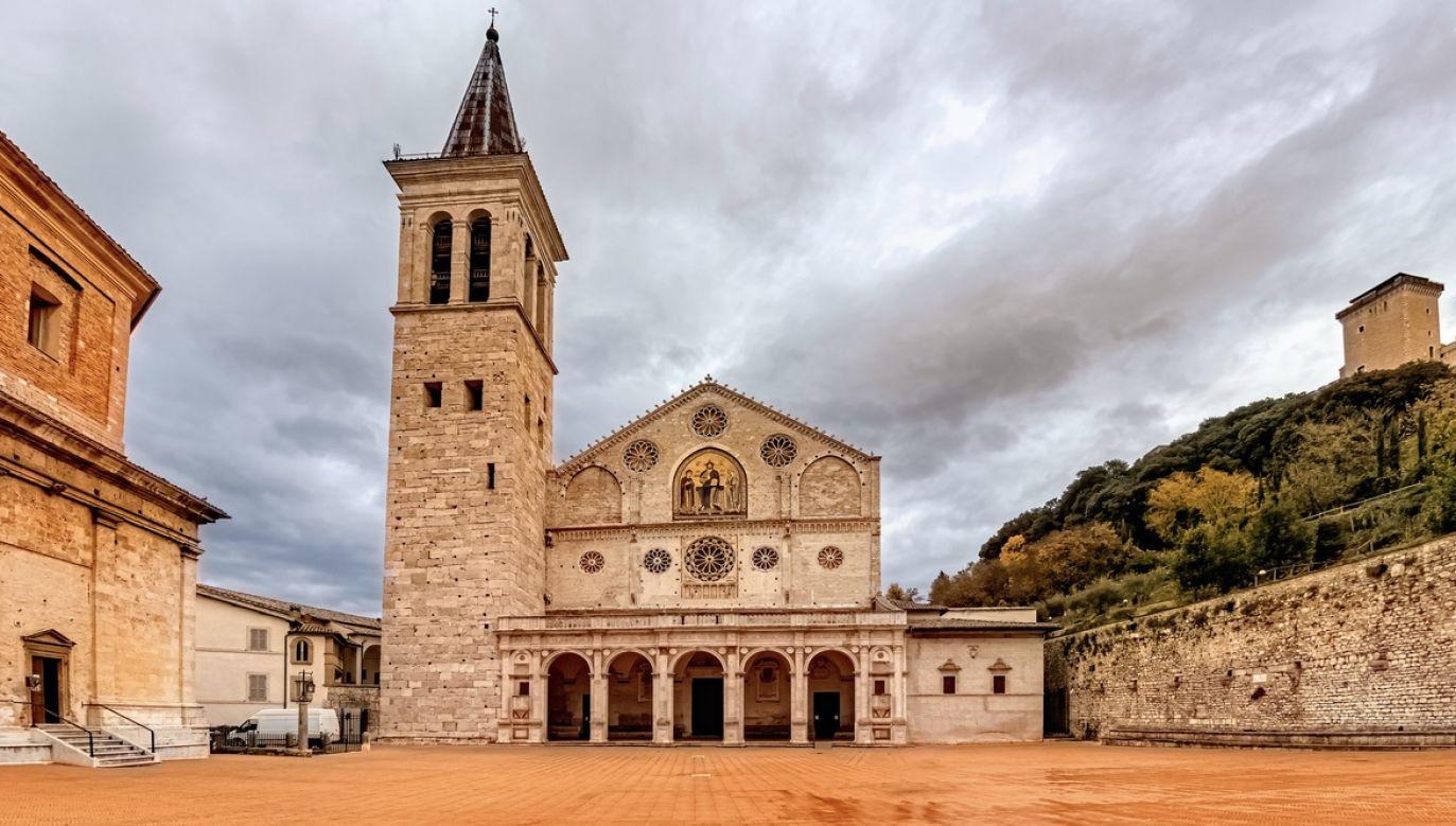 Relikwia krwi św. Jana Pawła II została skradziona z katedry w Spoleto (fot. Shutterstock/Gabbiere)