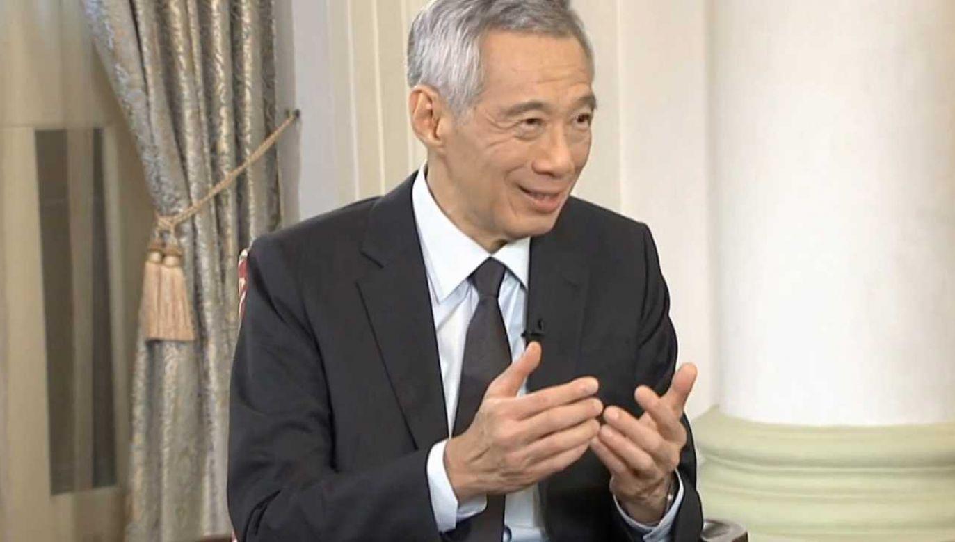 Premier Singapuru Lee Hsien Loong ciąga dziennikarzy po sądach (fot. PAP/EPA/APEC CEO Dialogues 2020)