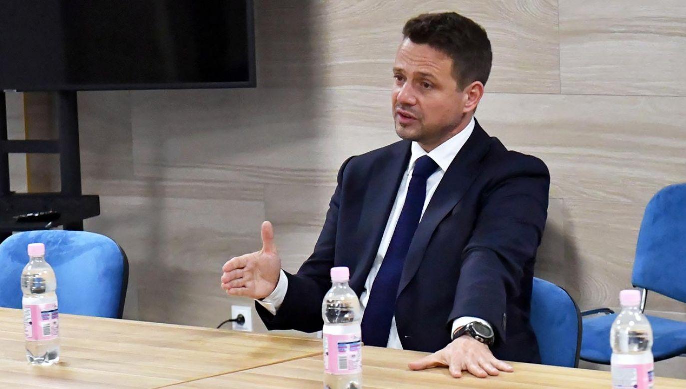 Fundacja kobiety, która inwigilowała ks. Blachnickiego przed śmiercią, dostała od Warszawy prawie 2 mln zł. (fot. PAP/Marcin Bielecki)