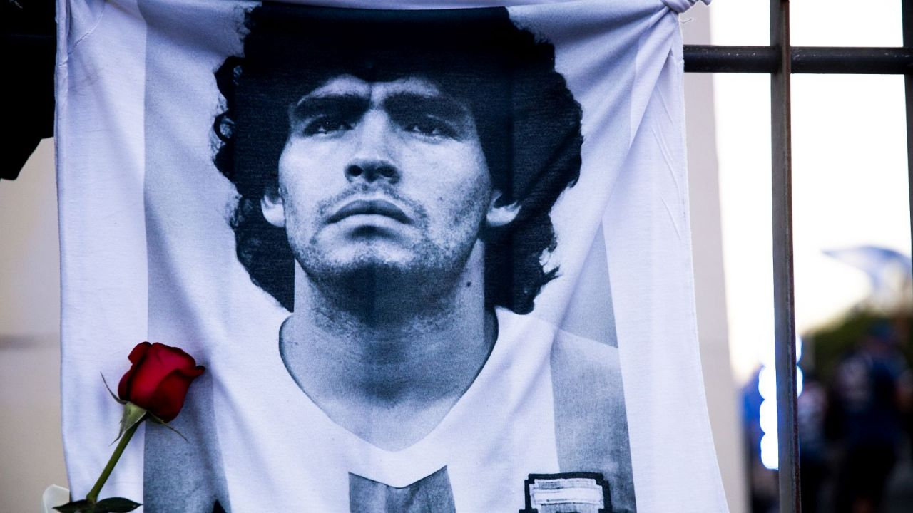 Wizerunek Maradony ma być umieszczony na argentyńskim banknocie (sport.tvp.pl)