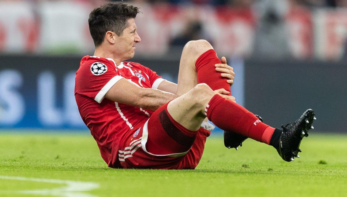 Roberta Lewandowskiego poważne urazy szczęśliwie omijają. Na zdjęciu polski napastnik w meczu Bayern Monachium-Real Madryt w kwietniu 2018. Fot. Boris Streubel/Getty Images