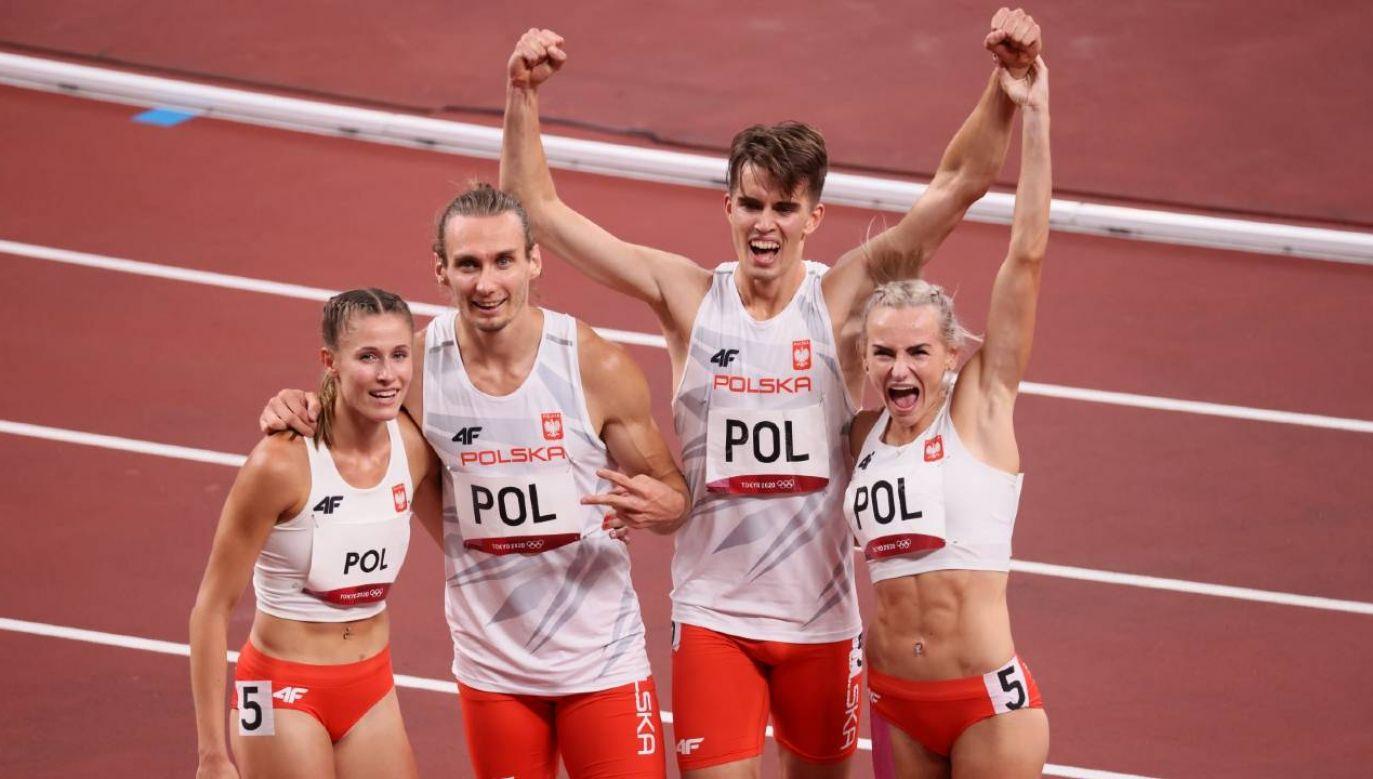 Biało-Czerwoni w finale poprawili rekord Europy czasem 3.09,87 (fot. PAP/Leszek Szymański)