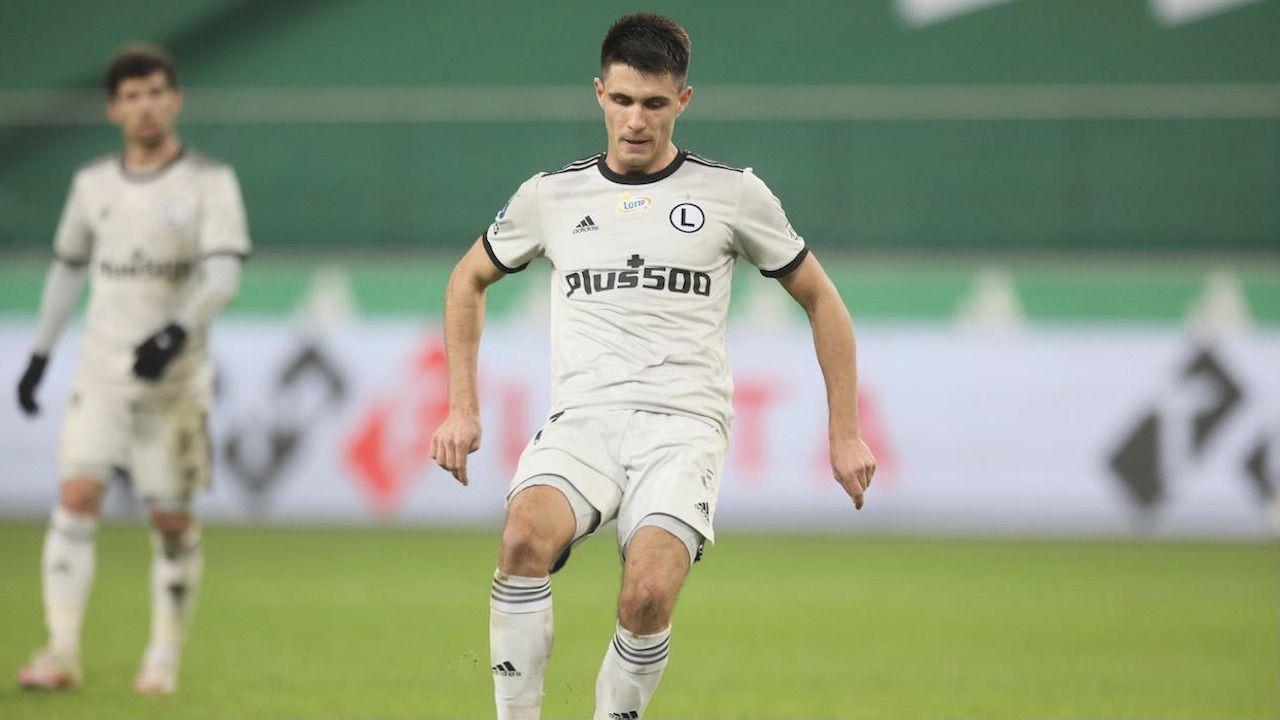 Bartosz Kapustka to jeden z najważniejszych graczy w zespole Michniewicza (fot. PAP/R.Pietruszka)