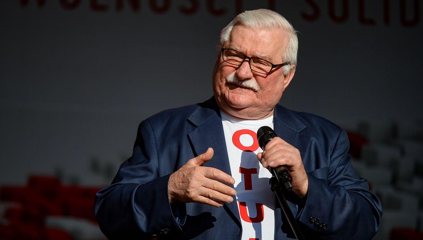 Były premier Leszek Miller w rozmowie z Janem Kulczykiem sugerował, że w 1980 roku Lech Wałęsa mógł być do Stoczni Gdańskiej przywieziony (fot. Mateusz Slodkowski/SOPA Images/LightRocket via Getty Images)