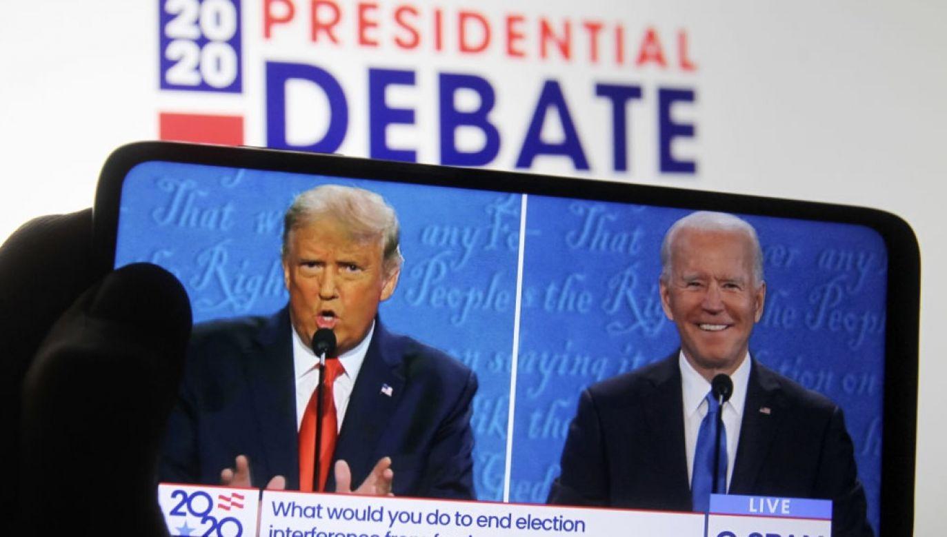 """Kandydaci nie znaleźli """"wspólnego mianownika"""" – komentują media za Oceanem (fot. Pavlo Conchar/SOPA Images/LightRocket via Getty Images)"""