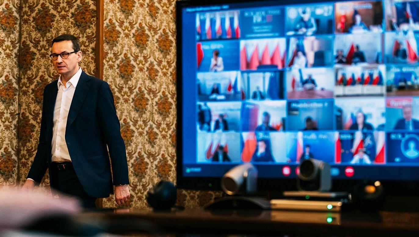 Dzięki wideokonferencjom na posiedzeniach rządu reszta gabinetu Mateusza Morawieckiego może pracować bez przeszkód (fot. Krystian Maj/KPRM)