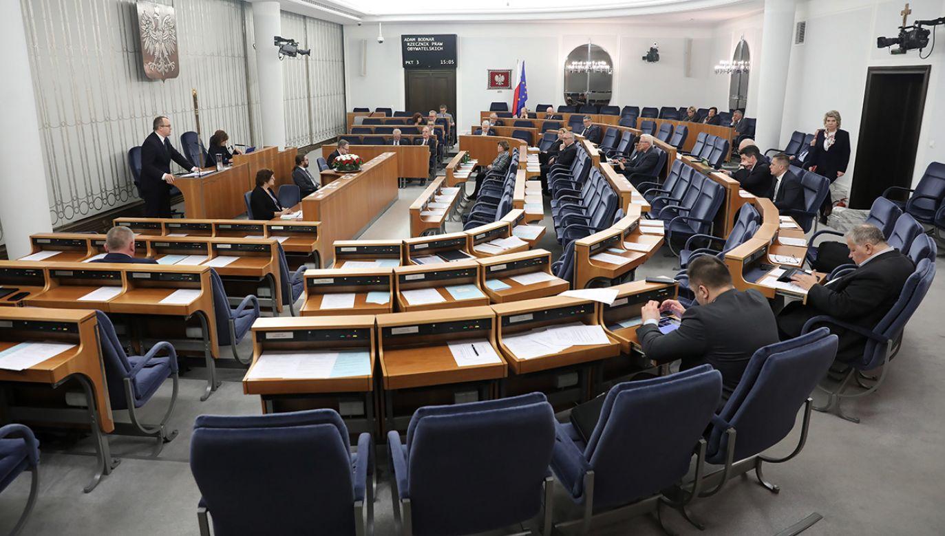 Sygnatariusze projektu uchwały zapewniają, że zachowania niegodne i niezgodne z prawem zostaną osądzone (fot.  PAP/Tomasz Gzell)