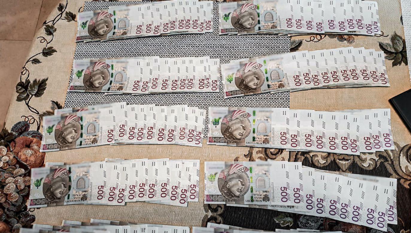 Zatrzymanym grozi 8 lat pozbawienia wolności (fot. CBŚP, zdjęcie ilustracyjne)