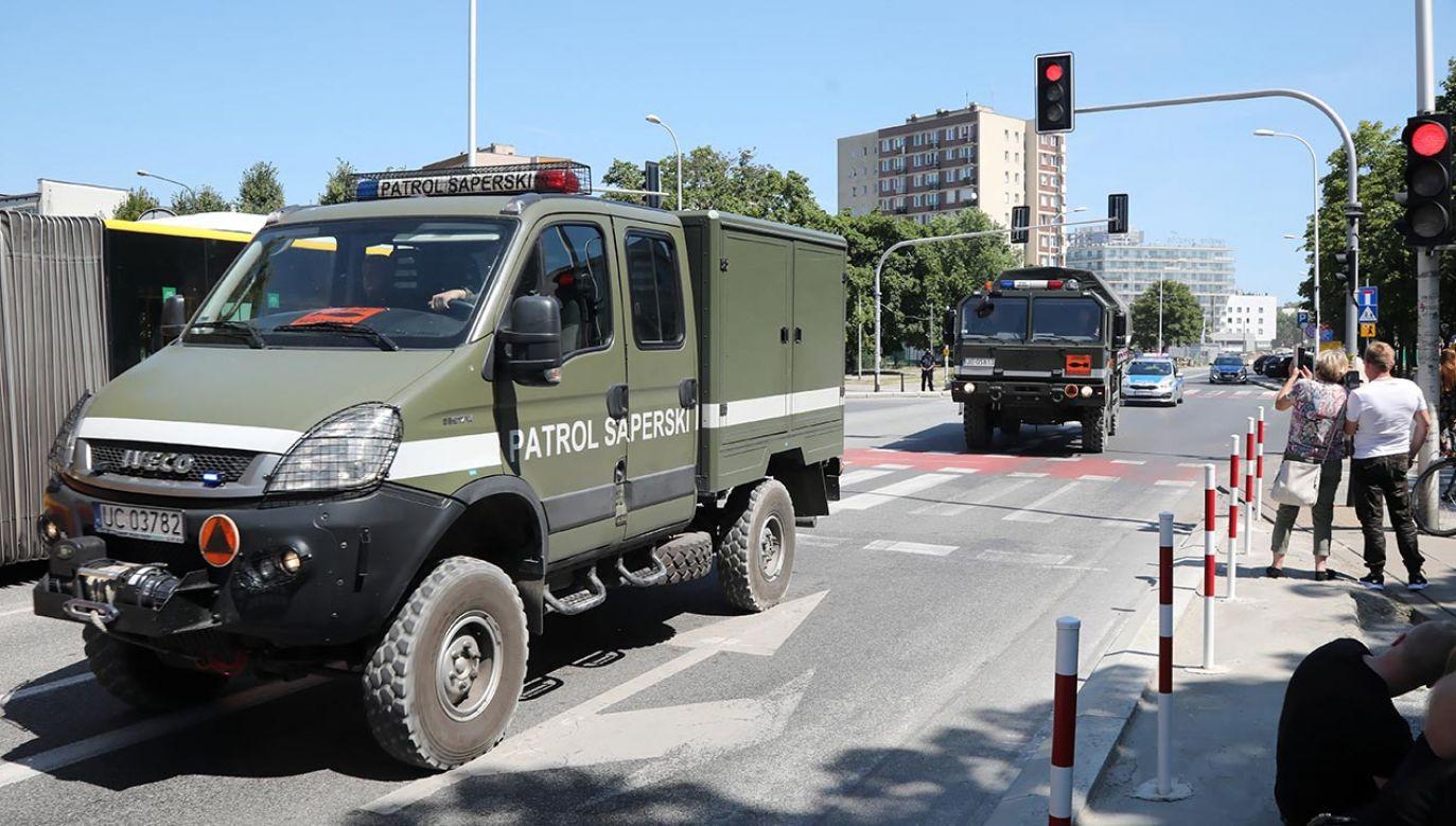 Niewybuch zabrał wezwany na miejsce wojskowy patrol saperski (fot. PAP/Wojciech Olkuśnik)