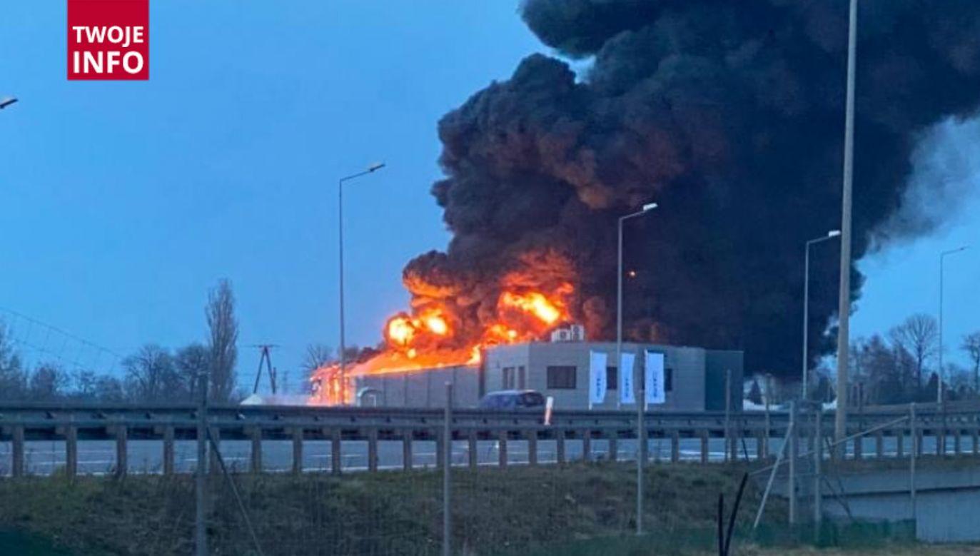 Na miejscu pracuje 70 strażaków (fot.Twoje Info)