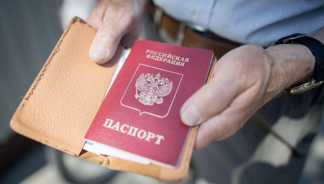 Dezinformacja rosyjska przekonuje, że w krajach bałtyckich odradza się faszyzm (fot. arch.PAP/DPA)